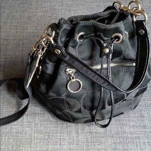 Coach 18354 Drawstring Bucket Crossbody Cinch Bag